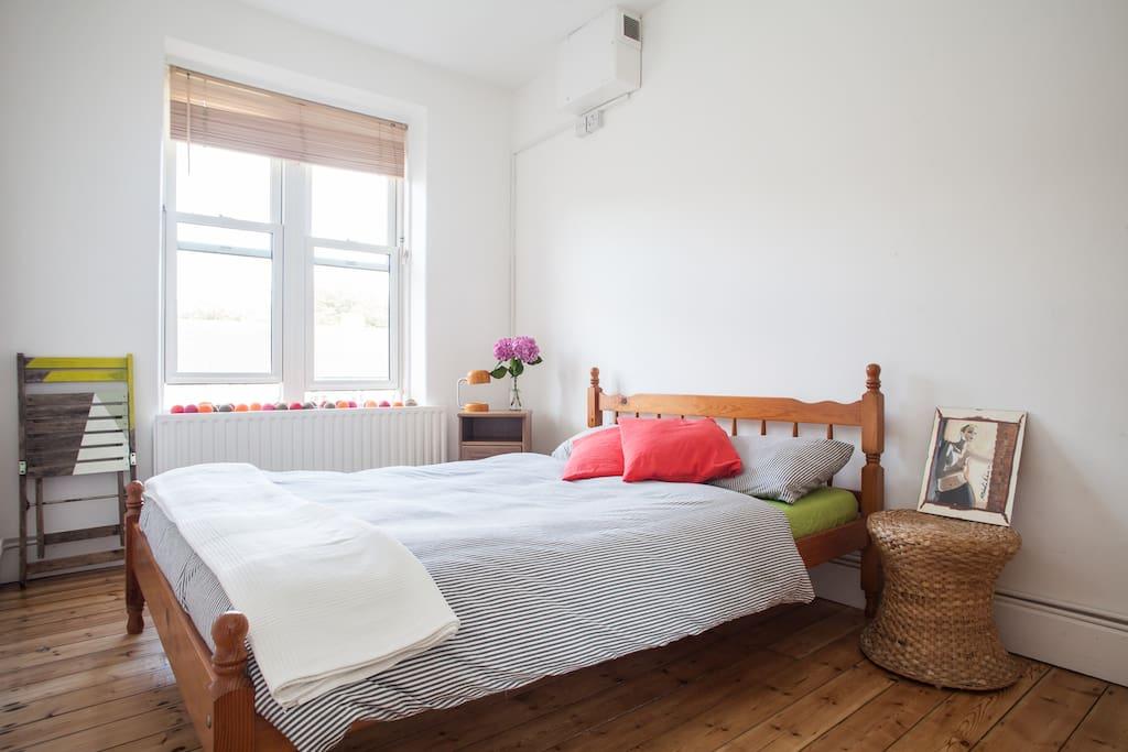Lastminutediscount 2 bedroom flat in hackney - Posto letto londra ...