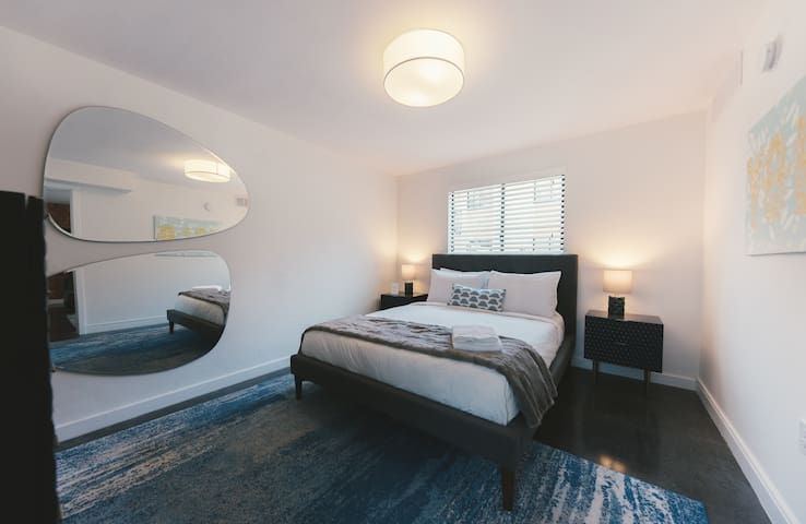 Lovely stay in Alluring 1BR close to Everywhere