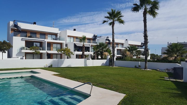 Living as God in Spain? Check out our place!