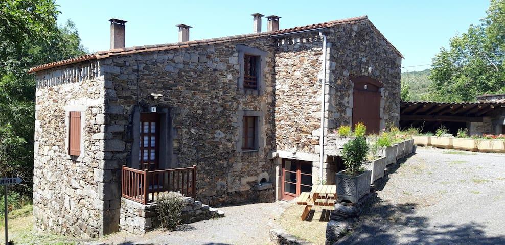 Occitanie, Tarn, Joli cottage, au coeur du Sidobre