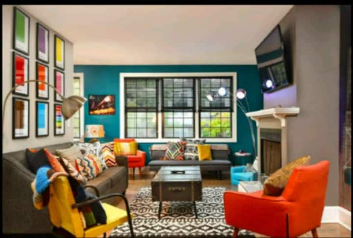 Lincoln Park Getaway Chicago Subway Themed Unit 1