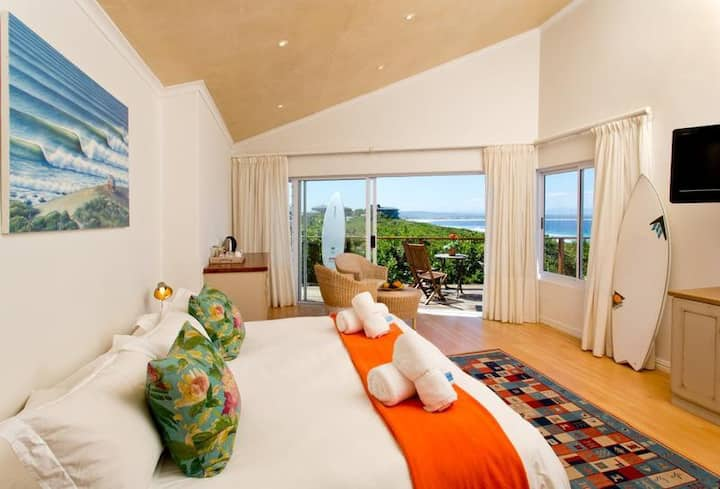 African Perfection 2: Room 14 - Sea View Suite