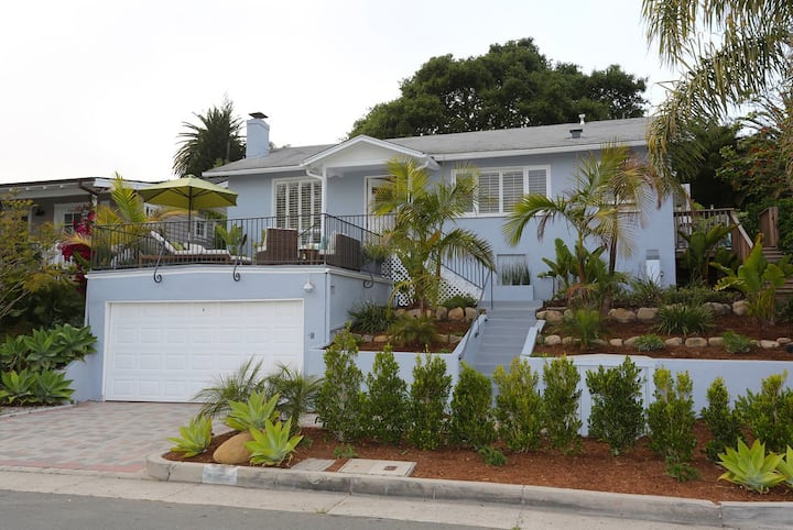 Sea Glass Cottage - Cool, Fresh and Fun on the Mesa