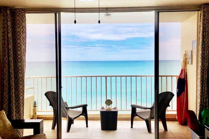 ✦ Beachfront balcony Apt. in Luquillo, Puerto Rico