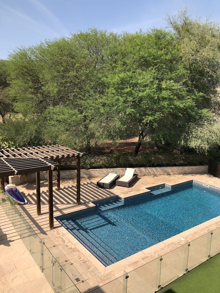 Private pool with heater/chiller