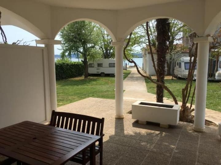 Apartments Roko- Two bedroom apartment with balcony and garden view (B4)
