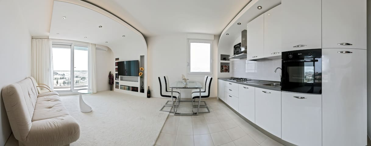 NEW!!! panorama Split PENTHOUSE with garage - Split - Apartment