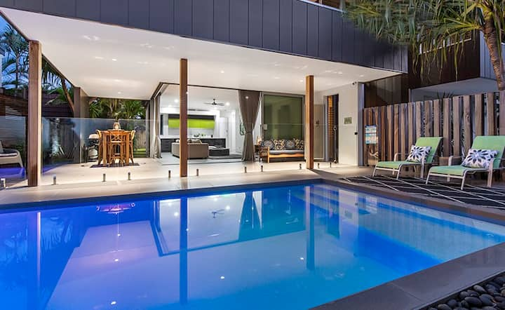 Noosa Sound Villa with Exclusive Pool