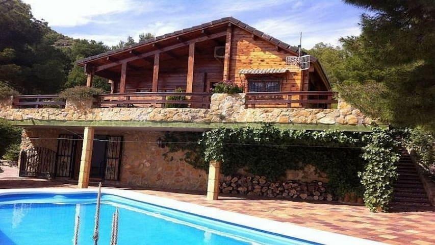 Villa, jardin & private swg-pool, Sagunto_Valencia - Sagunto - Villa