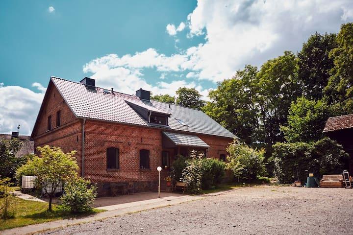 Das Maniesh, Haus am Waldrand m. Sauna&Feuerstelle