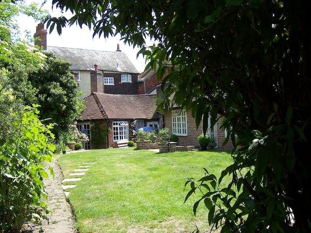 Self- Contained Annexe of Garden Cottage