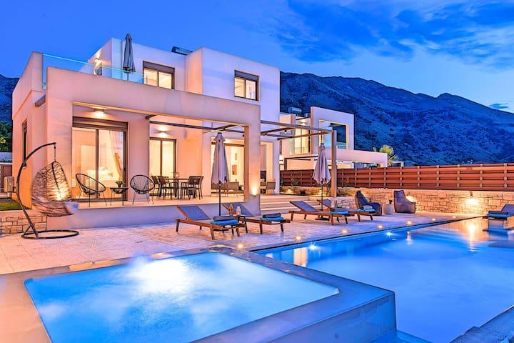 Minoas Sea Villa Heated Pool