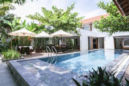 Beachfront villa, Banyan Ocean Villa, Hoi An