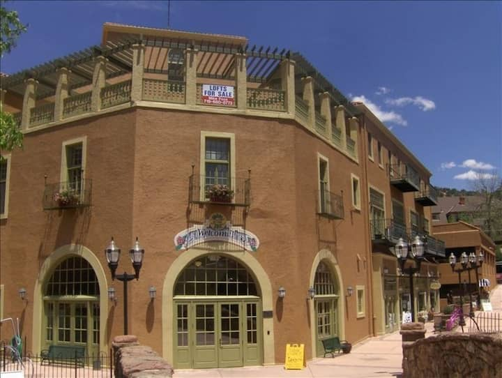 Skylight Loft in the Center of Manitou Springs!
