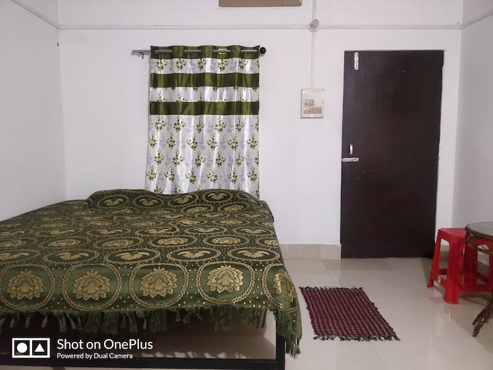 Sweet and safe cozy home stay