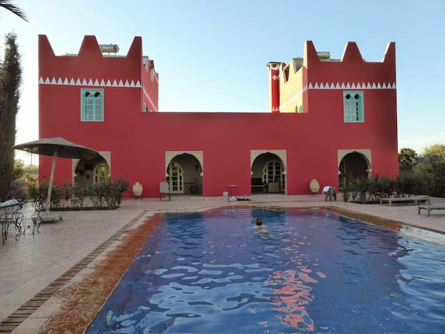 Villa riad, great pool, garden, calm, 30 km Agadir - Agadir
