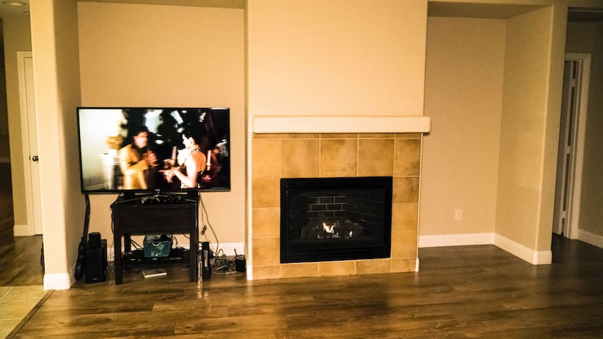 Gas fireplace in the living room area.