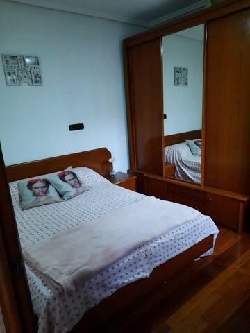 Habitación Privada con nevera y wifi