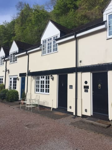 Symonds Yat mews cottage