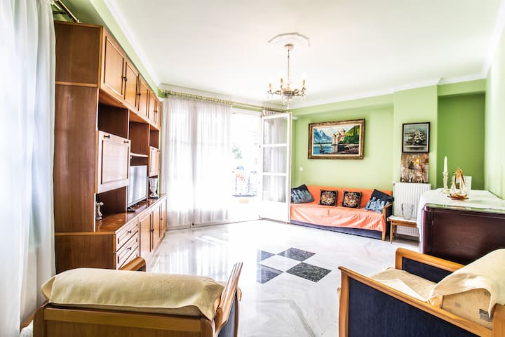2 Bedroom Apartment in Kalamaria, Thessaloniki