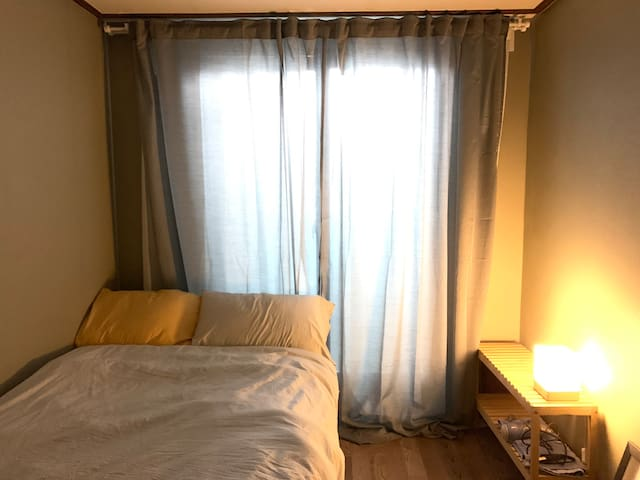 Cozy, modern room/화곡역 8min/FEMALE GUEST ONLY(여성전용)