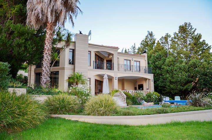 Luxus-Villa Bellevue
