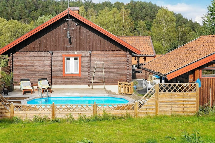 4 star holiday home in FLODA