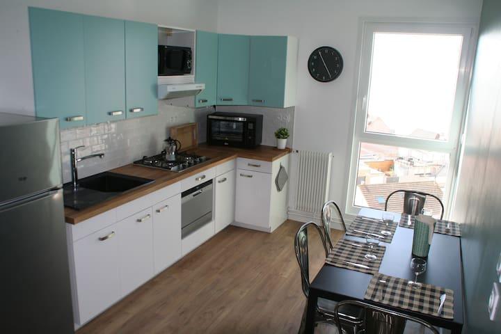 Bel appartement avec une superbe vue sur la mer