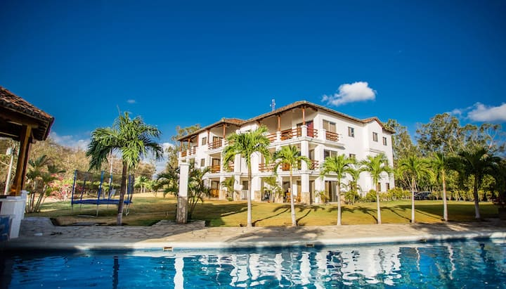 Golf Condo F1-B2: Nice view and access to the largest pool in Hacienda Iguana