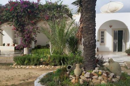 Maison traditionnelle Djerbienne - Dar Ben - Djerba Midun