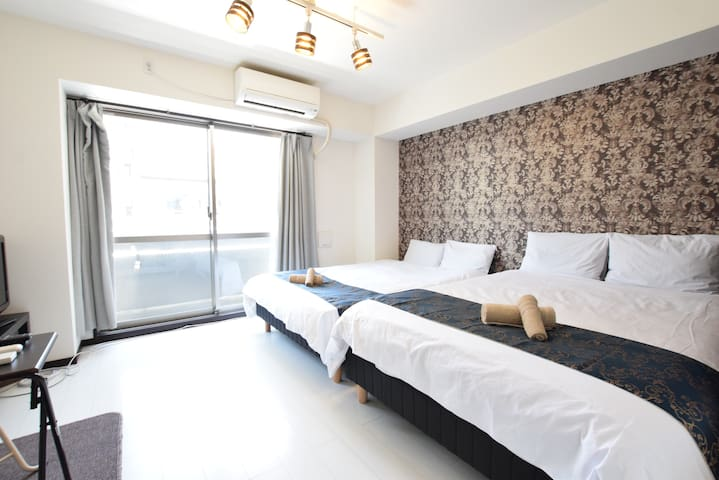 10min walk from the station! A fancy room! Room201