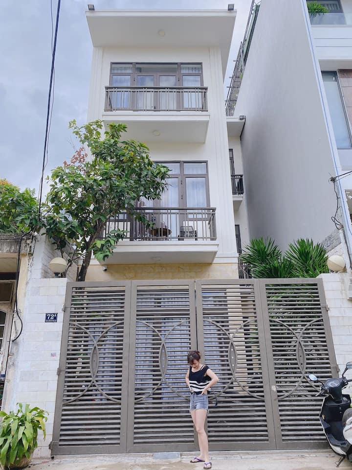 Cho thuê phòng gần biển giá rẻ Huynh House Da Nang