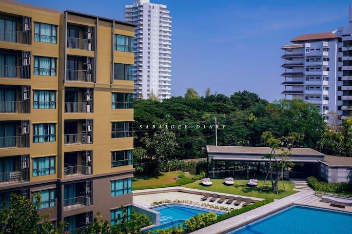 Rain Chaam HuaHin with Sea and Pool View 7th floor