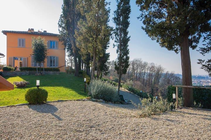 """Apartament in Villa - """"Il Fagiano"""""""