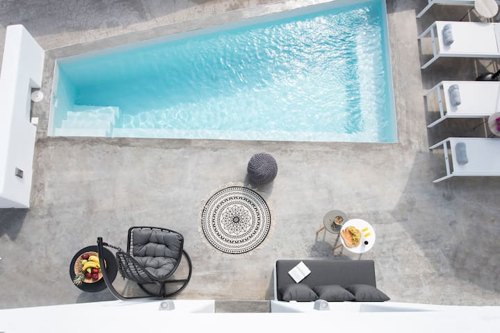 Luxury Double Apartment with Private Plunge Pool