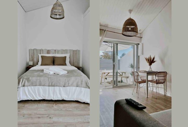 (A) A côté de l'océan, charmant cottage rénové