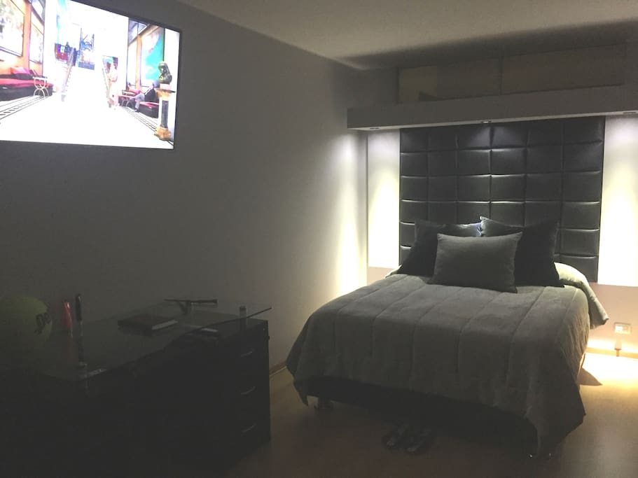 """Room y Tv 46"""""""