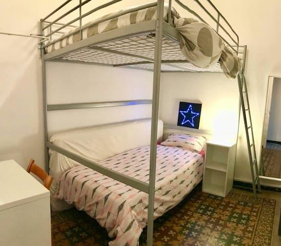 Habitacion doble con cama extra