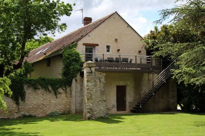 Loft de la Brosse Montmort - La Madeleine-Villefrouin - Hus