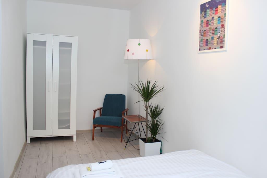 The palm tree bedroom