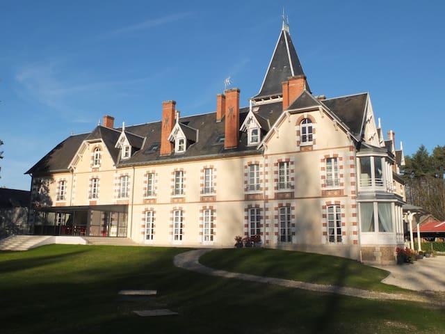 Un appartement au château