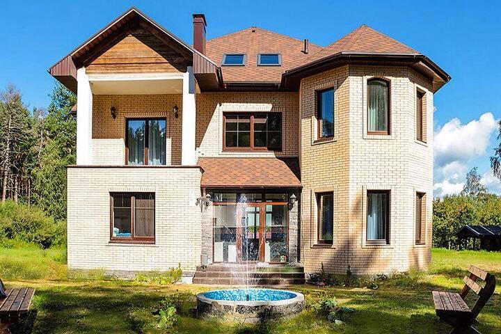 Гостевой дом класса люкс RiverHouse, Карелия,Ууксу