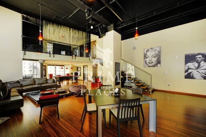 Luxury NewYork Loft Rockstar living lifestyle JBR