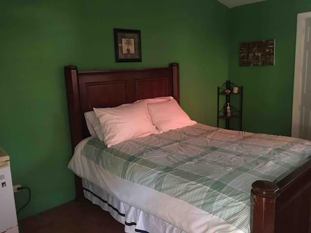 Private Cottage Bedroom - Las Sevillanas (Room #4)