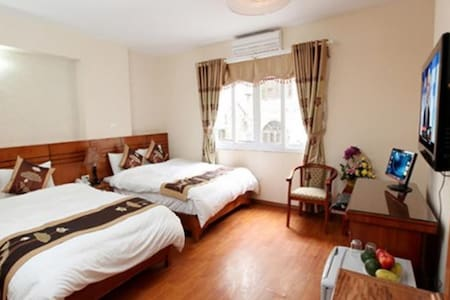 Deluxe Family Suite With City View - Hanoi - Bed & Breakfast