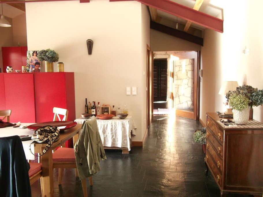 Vista sala e hall