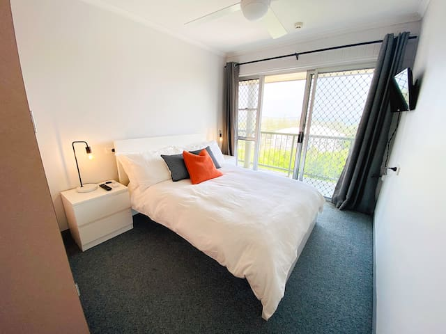 The 2nd bedroom with a double bed plus balcony and again awesome north views!
