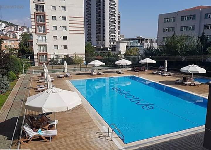Luxury flat with pool in Kartal - İstanbul!