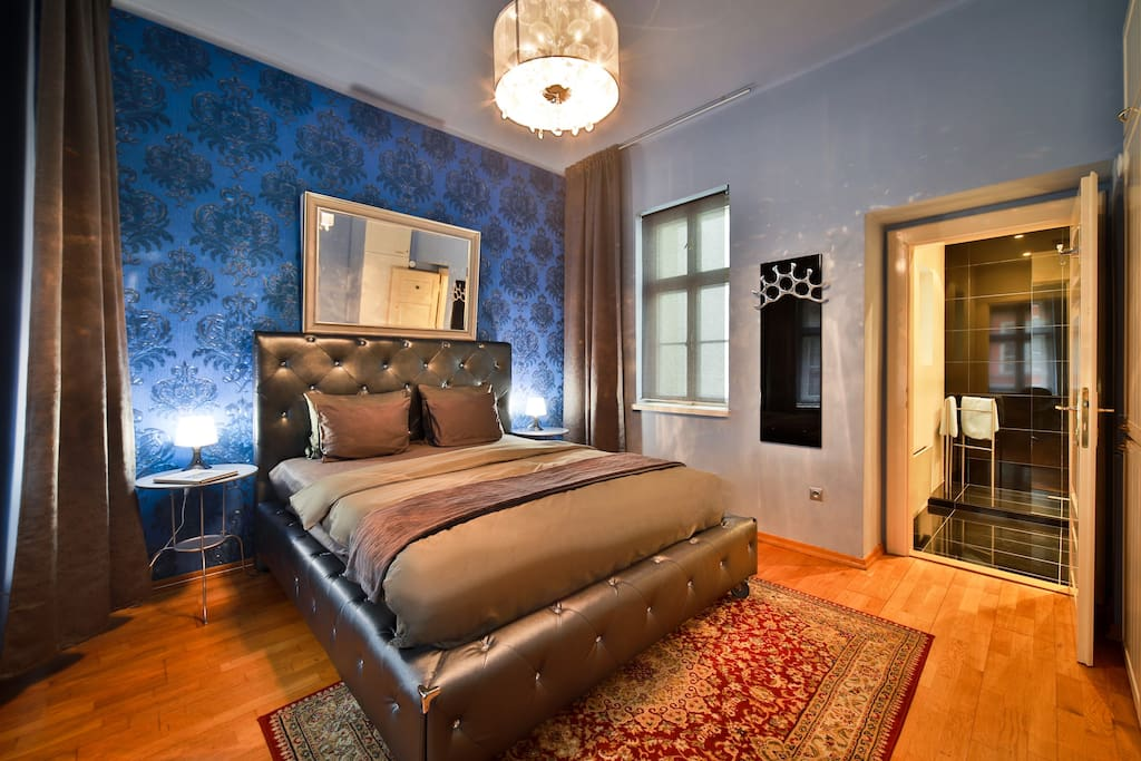 Bedroom with the view of Prague Castle and St. Nicholas Church
