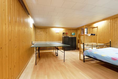 Spacious room near Findel/Kirchberg - Senningerberg - Hus